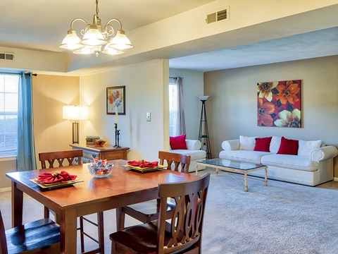 Brookfield Apartments in Virginia Beach Dining