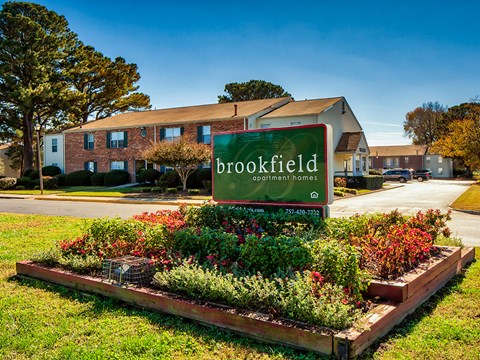 Brookfield Apartments in Virginia Beach Sign