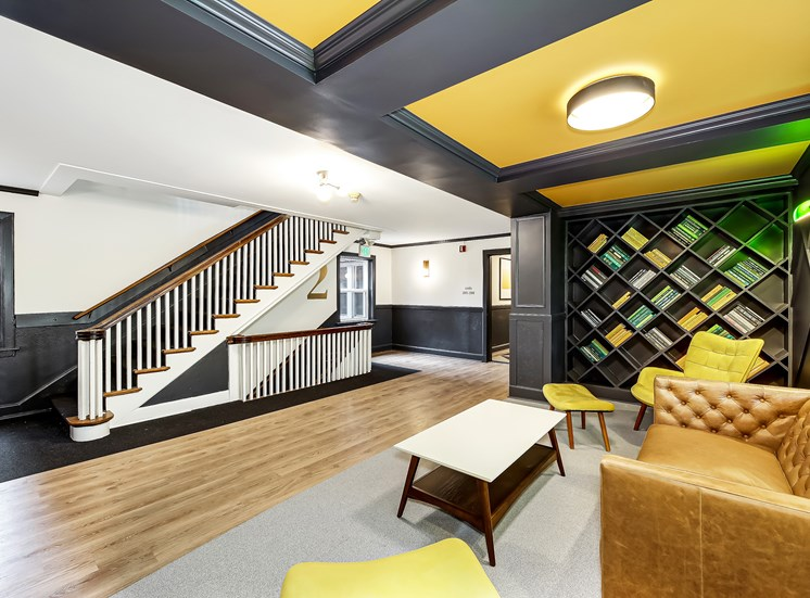 John Winthrop - Lounge Area
