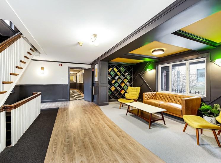 John Winthrop - Modern Lounge for Residents