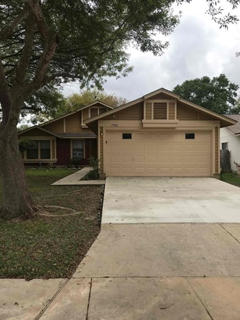 7908 Sonny Ridge 3 Beds House for Rent Photo Gallery 1