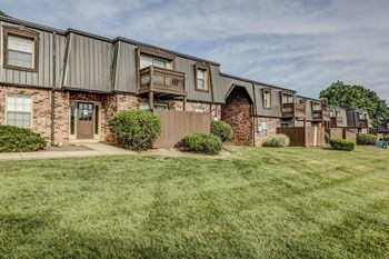 12901 Lord Nelson Drive 1-3 Beds Apartment for Rent Photo Gallery 1