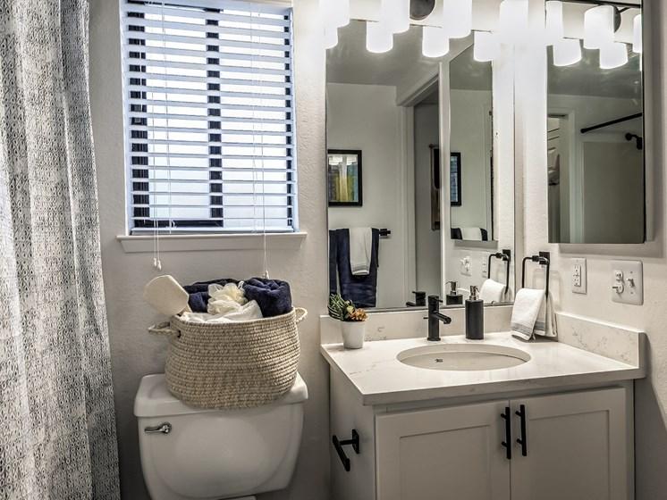 Reedhouse Bathroom