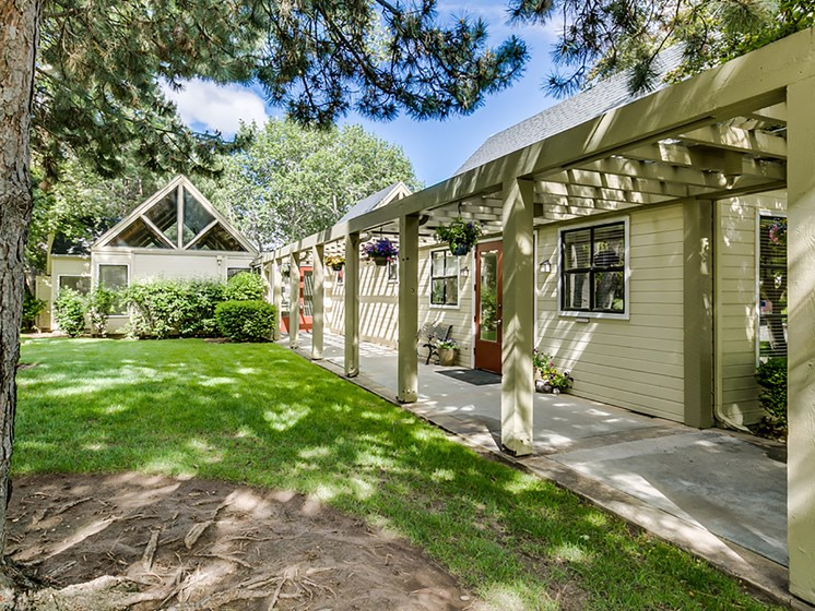 Beautifully Landscaped Grounds at Reedhouse, Idaho, 83706