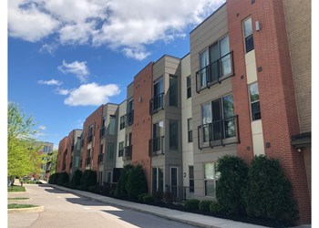 3240-3250 Whitfield Avenue 1-2 Beds Apartment for Rent Photo Gallery 1