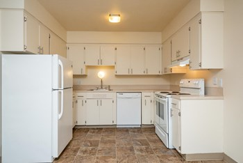 4925 SW 56th Ave 1-3 Beds Apartment for Rent Photo Gallery 1