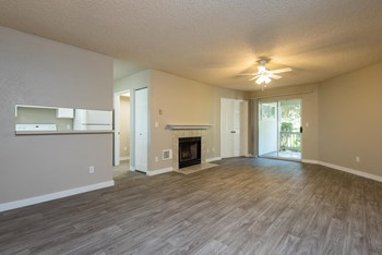 655 Goodpasture Island RD 3 Beds Apartment for Rent Photo Gallery 1