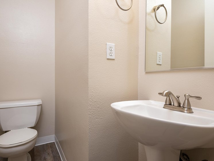 Chinook Way Apartments | Two Bedroom Aspen | Bathroom