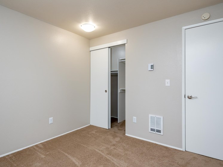 Coho Run Apartments | Two Bedroom | Bedroom