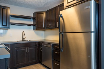 8130 SE Mill Street 1-2 Beds Apartment for Rent Photo Gallery 1