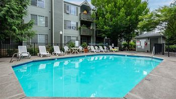 20454 NE Sandy Blvd. 1-3 Beds Apartment for Rent Photo Gallery 1