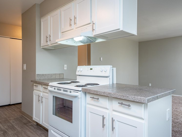 Gresham Park Apartments | Kitchen