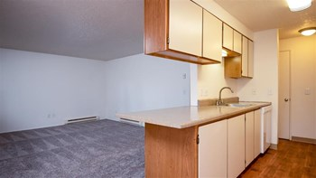 2065 SE 44th Avenue 1-3 Beds Apartment for Rent Photo Gallery 1