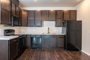 320 NE Columbia Ave 1 Bed Apartment for Rent Photo Gallery 1
