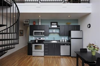 3103 SE Division St Studio-2 Beds Apartment for Rent Photo Gallery 1