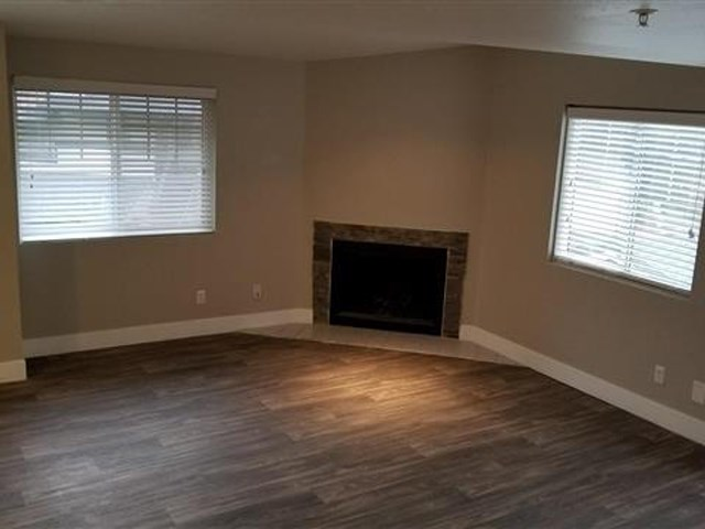 The Ridge Apartments | Renovated Living Room