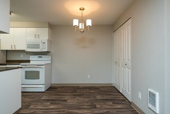12301 SE Hubbard Road 2 Beds Apartment for Rent Photo Gallery 1