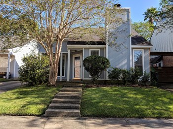 12033 Mirkwood Avenue 3 Beds House for Rent Photo Gallery 1
