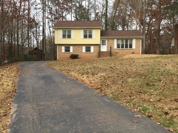 4826 Carving Tree Drive 3 Beds House for Rent Photo Gallery 1