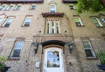 1285 Clarkson Street 1 Bed Apartment for Rent Photo Gallery 1