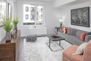 12875 SW Crescent St Studio-1 Bed Apartment for Rent Photo Gallery 1