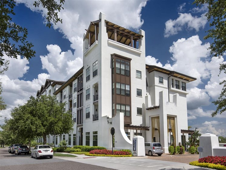 Apartment Living in the Heart of the City at Azul Baldwin Park, 4460 Lower Park Road