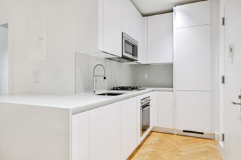 67 Clifton Place 2 Beds Apartment for Rent Photo Gallery 1