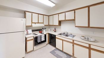 5029 Columbia Road 1-3 Beds Apartment for Rent Photo Gallery 1