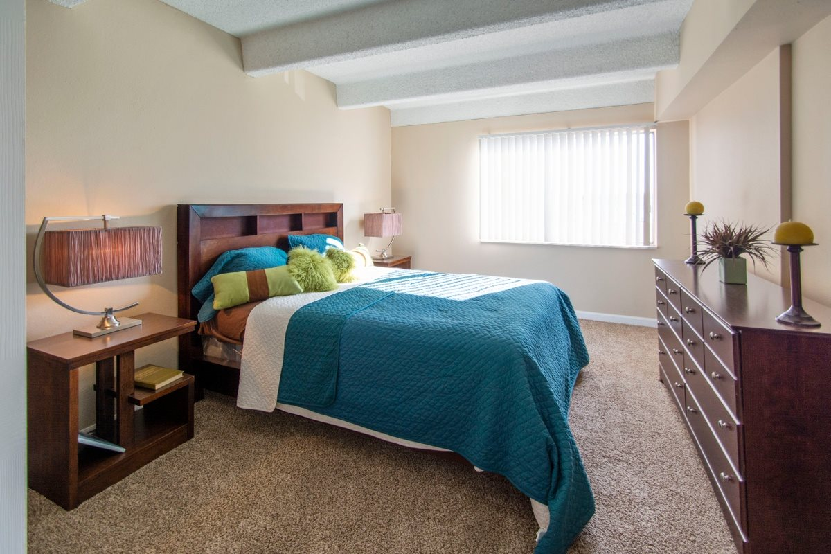Rise Large Bedroom Space