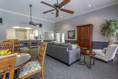 Waterford at Cypress Lake Apartments|Clubhouse Interior