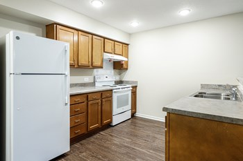 562 Pine Swamp Road 2 Beds Apartment for Rent Photo Gallery 1