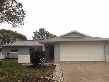 7530 Handley Drive 2 Beds House for Rent Photo Gallery 1