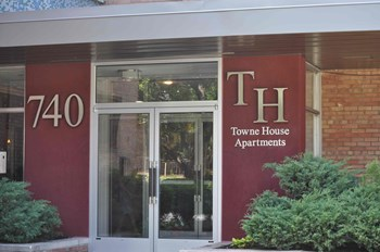 740 North Duke Street 1-2 Beds Apartment for Rent Photo Gallery 1