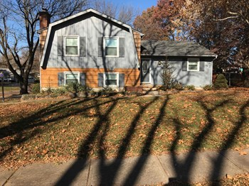 8708 W 88Th Street 4 Beds House for Rent Photo Gallery 1
