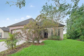 14930 Wax Myrtle Avenue 3 Beds House for Rent Photo Gallery 1