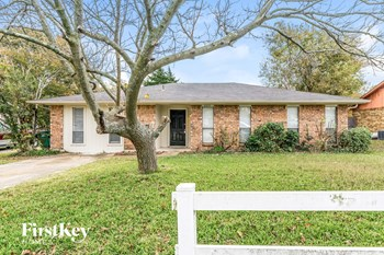 805 Dogwood Dr 3 Beds House for Rent Photo Gallery 1