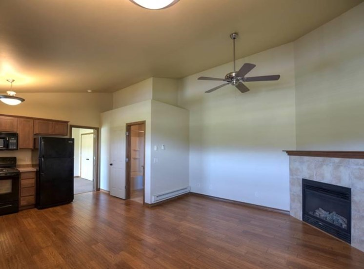 Living room at Saddleview Apartments, Bozeman, MT