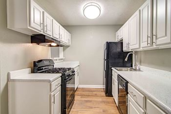 2700 Summit Creek Drive Studio-2 Beds Apartment for Rent Photo Gallery 1