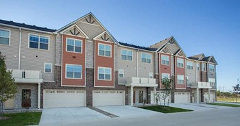 6950 Stagecoach Dr 2-3 Beds Apartment for Rent Photo Gallery 1