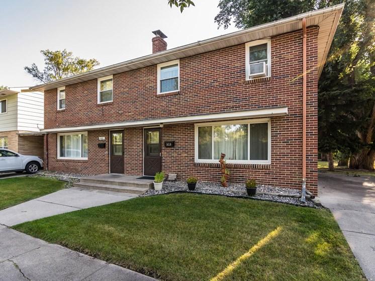 Valley Home Duplexes | Exterior