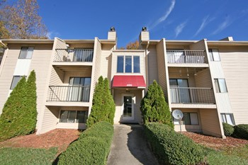 2479 COUNTRY CLUB ROAD 1-3 Beds Apartment for Rent Photo Gallery 1