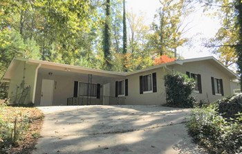 6010 Mallory Rd 3 Beds House for Rent Photo Gallery 1