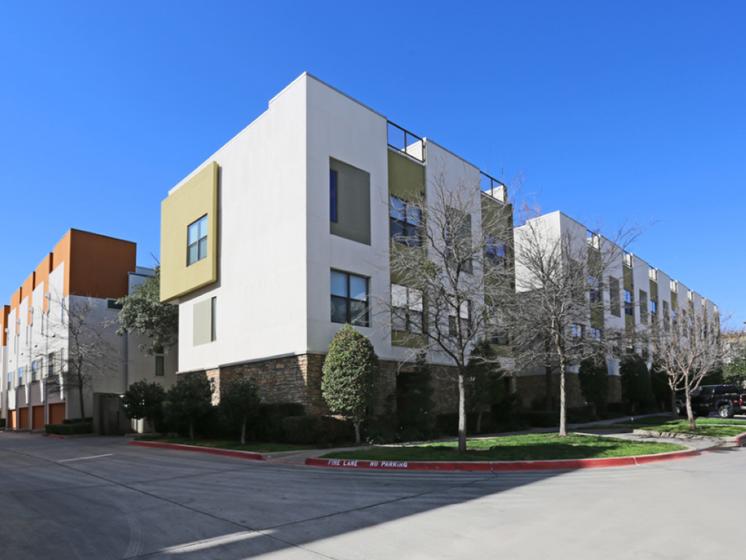 exterior oak lawn dallas apartments