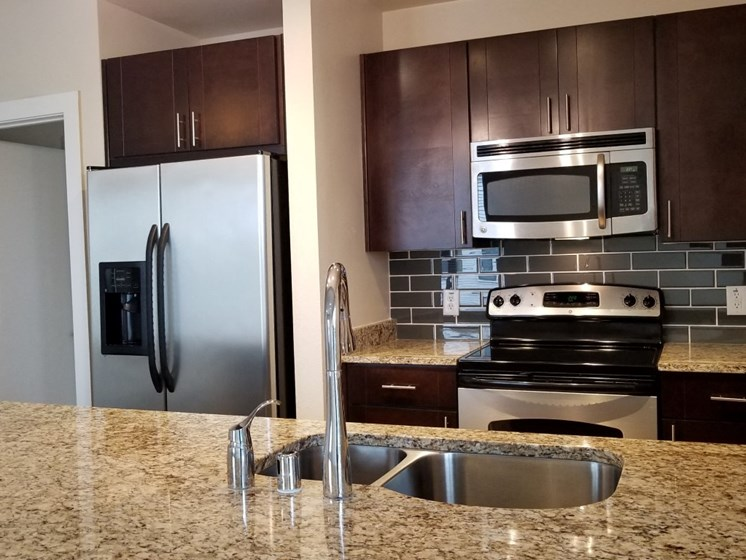 kitchen oak lawn dallas apartments