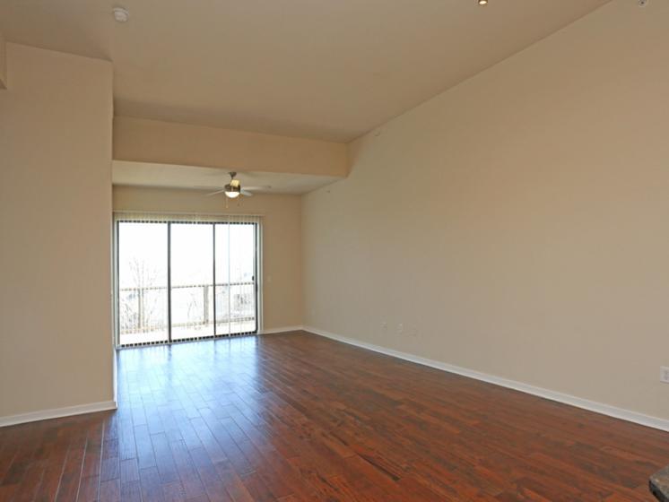 living room oak lawn dallas apartments