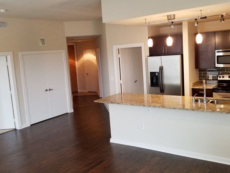 model oak lawn dallas apartments