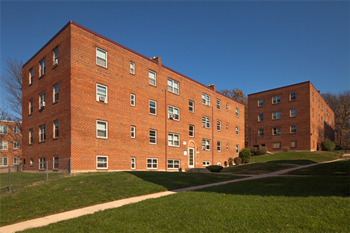 4900-20 Ft. Totten Dr. NE 1-2 Beds Apartment for Rent Photo Gallery 1