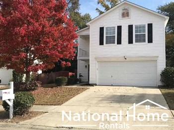 240 Crimson Oak Dr 3 Beds House for Rent Photo Gallery 1