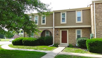 2300 A East Willow Drive 1-3 Beds Apartment for Rent Photo Gallery 1