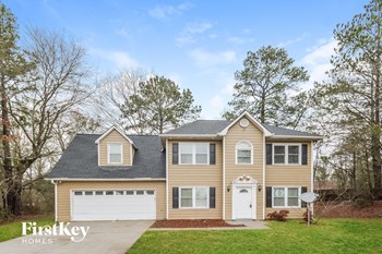 1335 Mountain Dr NE 4 Beds House for Rent Photo Gallery 1